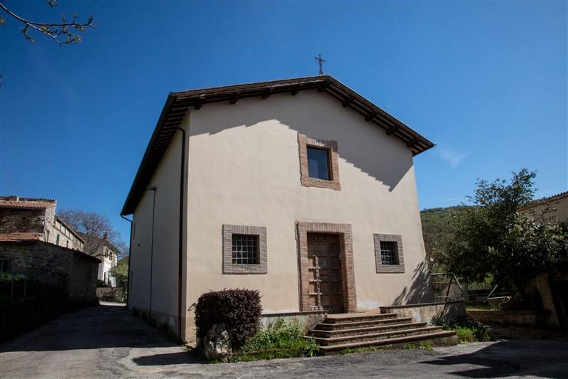 Casale di Scopoli - chiesa 2