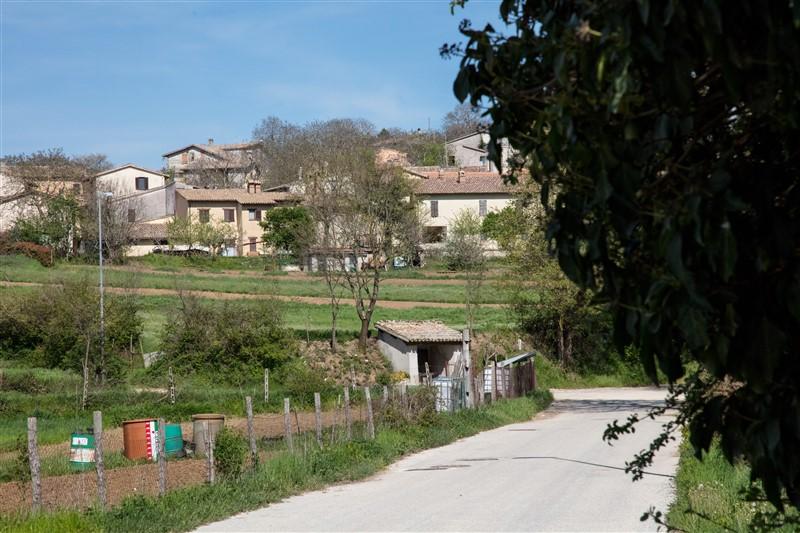 Casale di Scopoli - ingresso paese 3